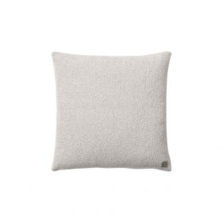 Collect Cushion Boucle SC28 Ivory/Sand - &tradition